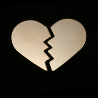 Gold Filled Broken Heart, 2 pieces, 24g