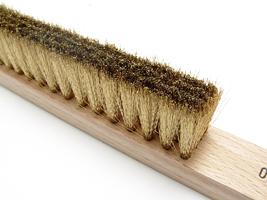 Brush_brass_close