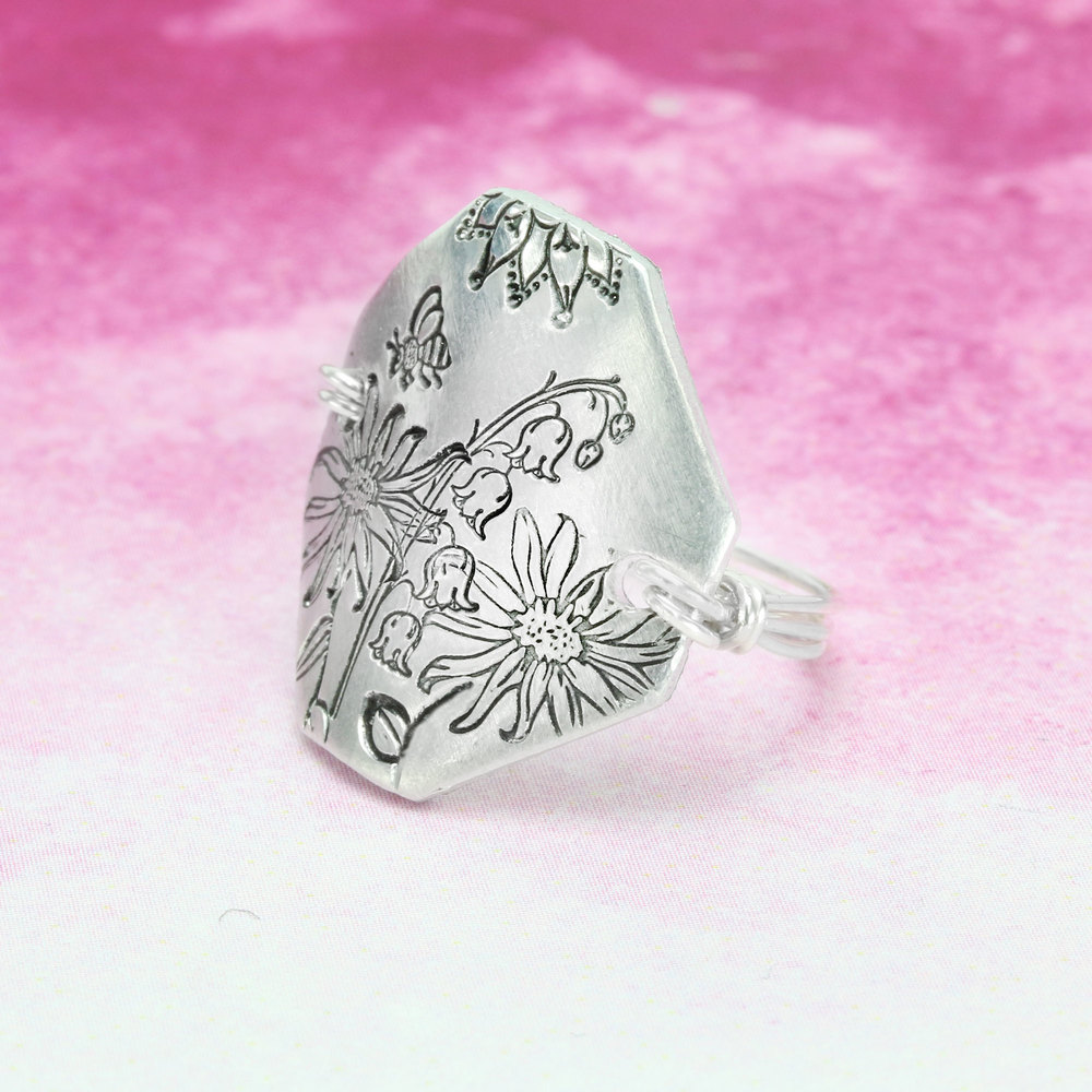 Metal Stamping Tools Wildflower Daisy Metal Design Stamp 10.5mm - Beaducation Original