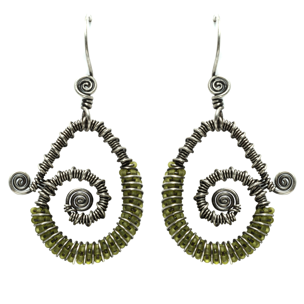 Continuum Earrings Online Class with Lisa Niven Kelly