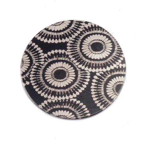 "Anodized Aluminum 3/4"" Circle, Black Design #7, 22g"
