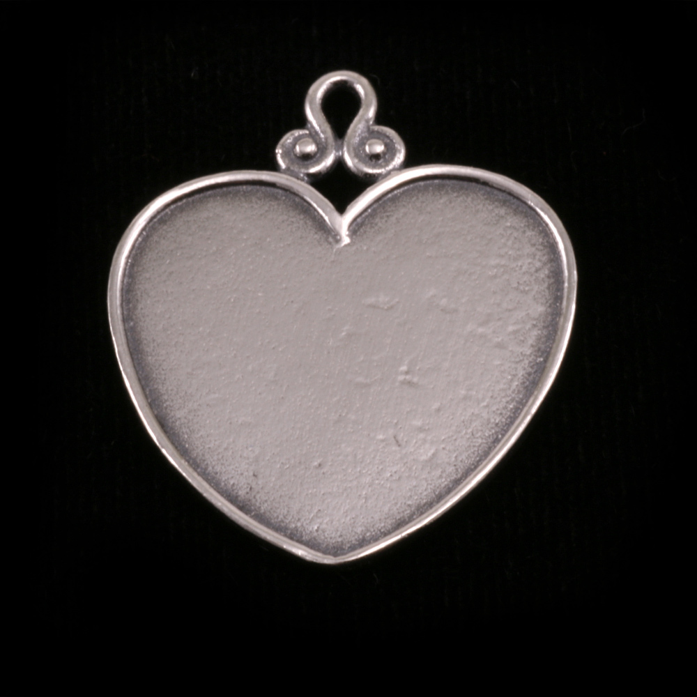 Metal Stamping Blanks Sterling Silver Heart Pendant with Raised Edge (OXIDIZED)