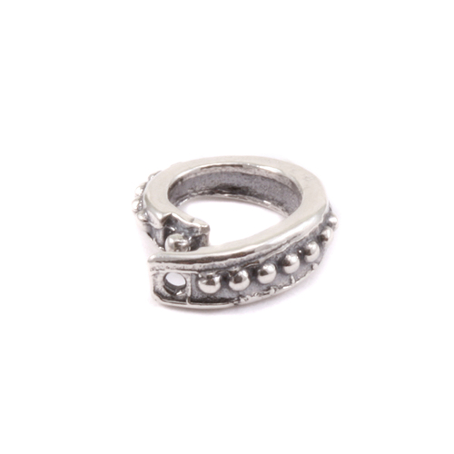 Chain & Jump Rings Sterling Silver Oval Dotted Locking Ring
