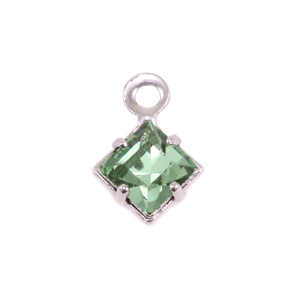 Charms & Solderable Accents Swarovski Xilion Square Crystal (Peridot - AUGUST), Pack of 4  *DISCONTINUED