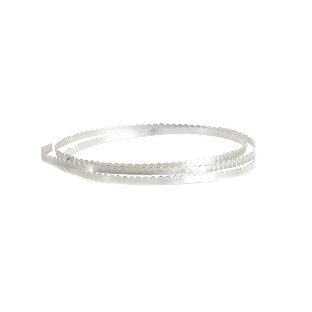 "Wire & Sheet Metal Fine Silver 3.2mm, 28g Scalloped Bezel Wire, 24"" Length"