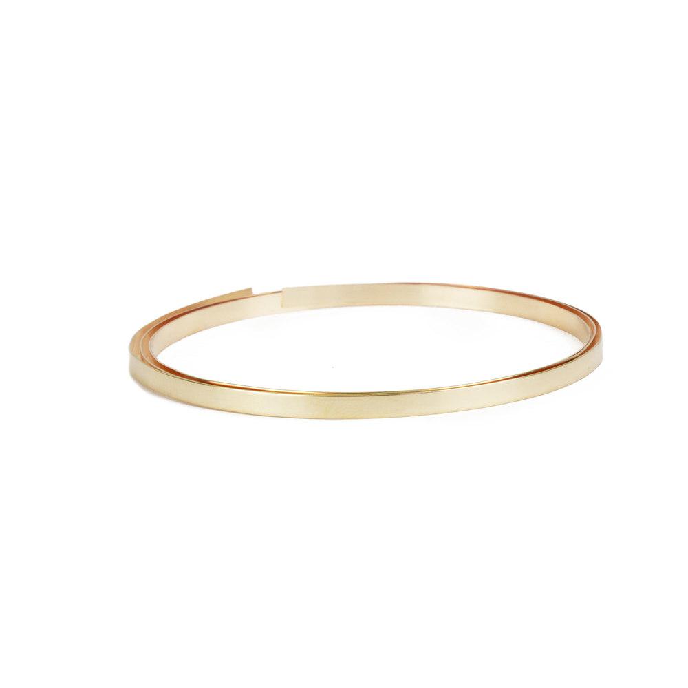 "Wire & Sheet Metal 14K Gold Filled 3.2mm, 28g Bezel Wire, 24"" Length"