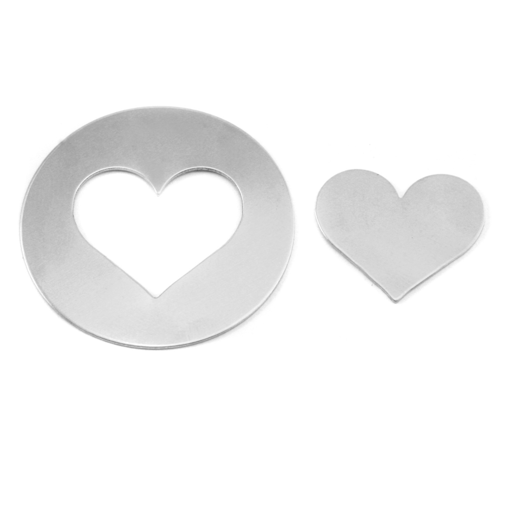 "Metal Stamping Blanks Aluminum Circle with Medium Classic Heart Cutout, 32mm (1.25""), 18g, Pack of 5 Sets"